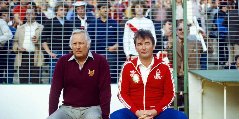 Brian Clough y Peter Taylor, dos técnicos que marcaron la historia del fútbol europeo con su Nottingham Forest.